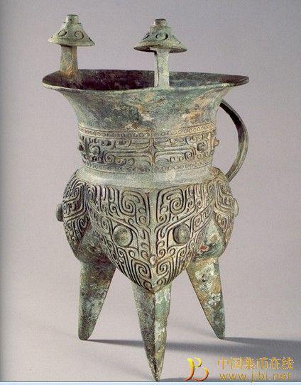 ...足,工艺水平精湛,是同期青铜斝中的精品,现藏于上海博物馆.